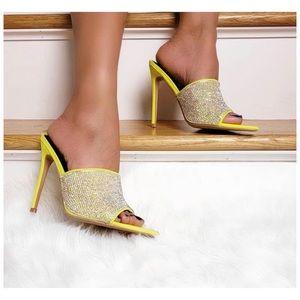 95774b2e838 shoefeature